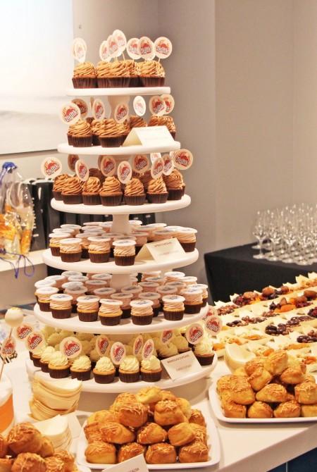 Kalifa céges desszertasztal