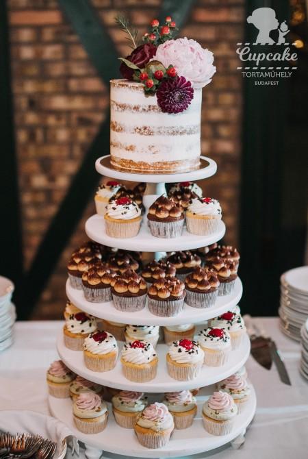 Cupcake torony + naked cake