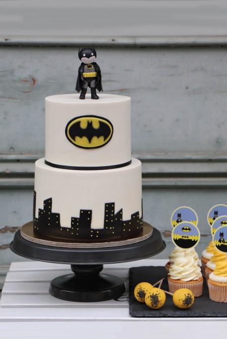 Batman torta, cupcake és cake pop