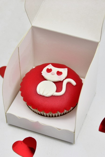 Valentin cupcake 1 BOX - Cica