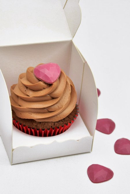 Valentin cupcake 1 BOX - Csokis